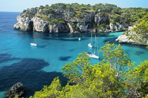 Menorca: Was Sie auf der Schwesterinsel Mallorcas erleben können - [GEO]