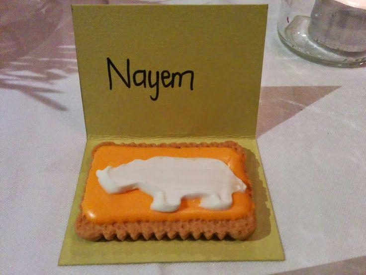 Zoo biscuit #placecards #spring #wedding