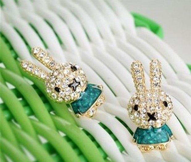 Fashion Lovely Sweet Rhinestone Mashimaro Rabbit Crystal Ear Stud Earrings