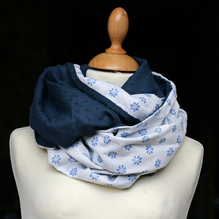 Col snood femme Plumetis marine Imprimé fleurs bleues paillettes by PetitPote on Etsy
