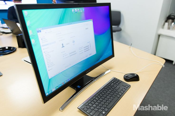 Samsung ATIV One 7 Curved All-in-One PC; very cool indeed! =:^)