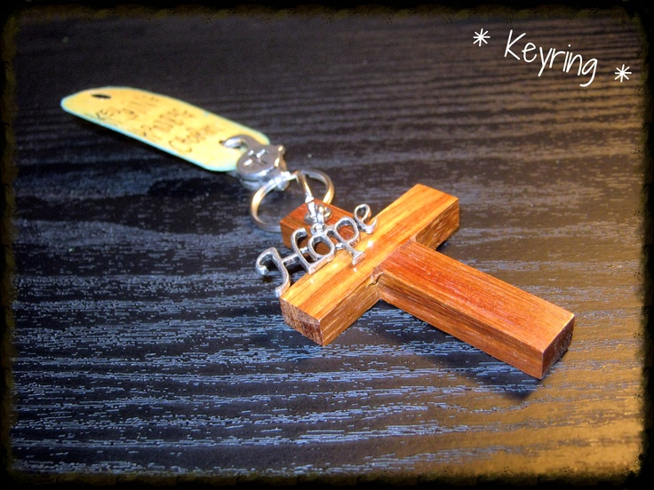 Assorted Cross Key Holders from R40-00.  The cross is handcrafted with passion by Daaintjie van Vuuren.