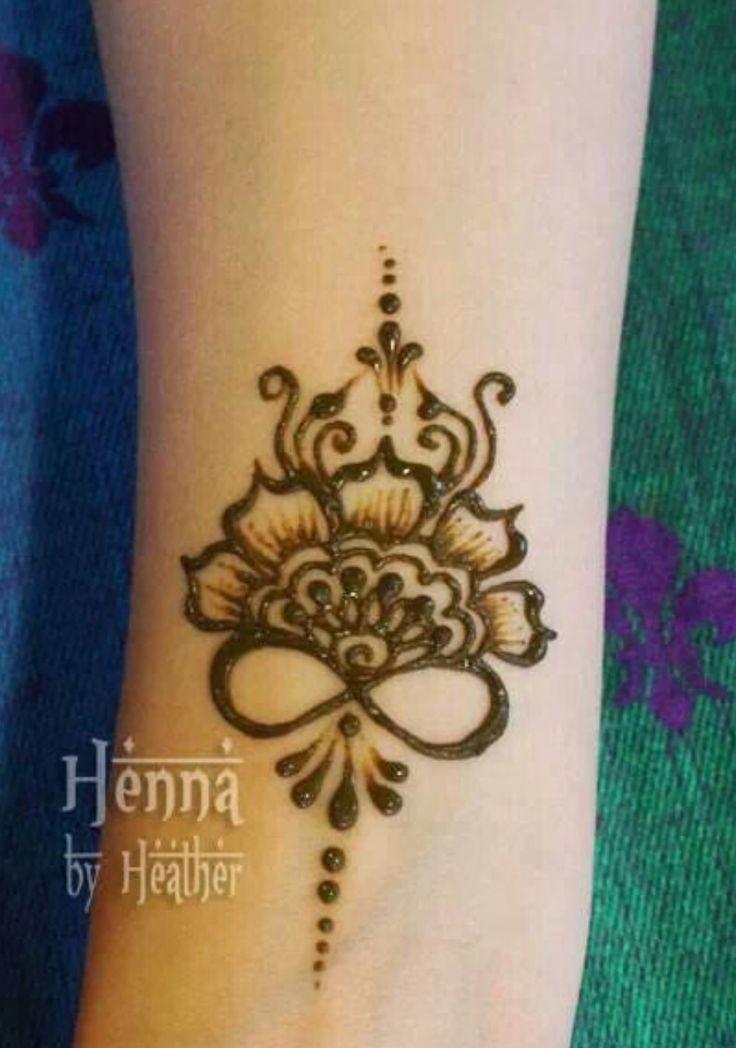best 25 simple henna tattoo ideas on pinterest simple. Black Bedroom Furniture Sets. Home Design Ideas