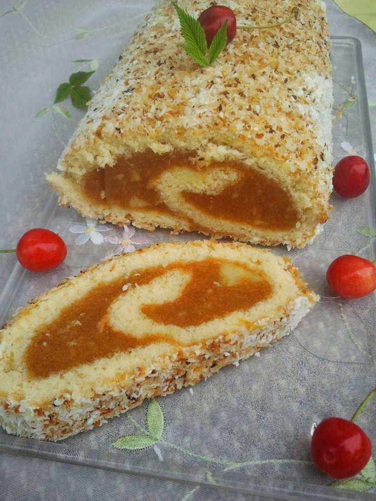 Domowa Cukierenka - Domowa Kuchnia: rolada jabłkowa w kokosie