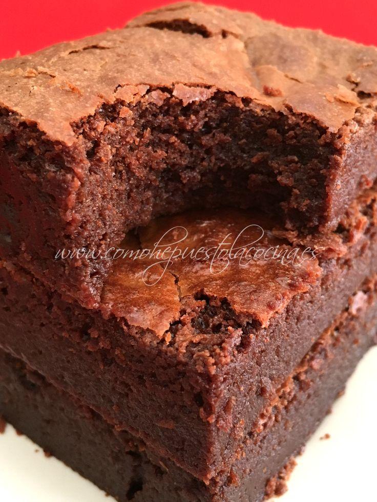 El mejor brownie que he probado, húmedo y jugoso. Receta en español