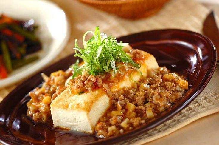 マーボー豆腐の盛り付けをアレンジしました!マーボーソースがけ豆腐ステーキ[中華/焼きもの、オーブン料理]2009.06.08公開のレシピです。