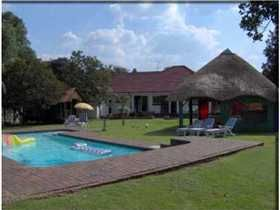 Hostel of the week (52/2014): Mbizi Backpackers Lodge in Johannesburg, South Africa! #travel #tourism #southafrica #johannesburg