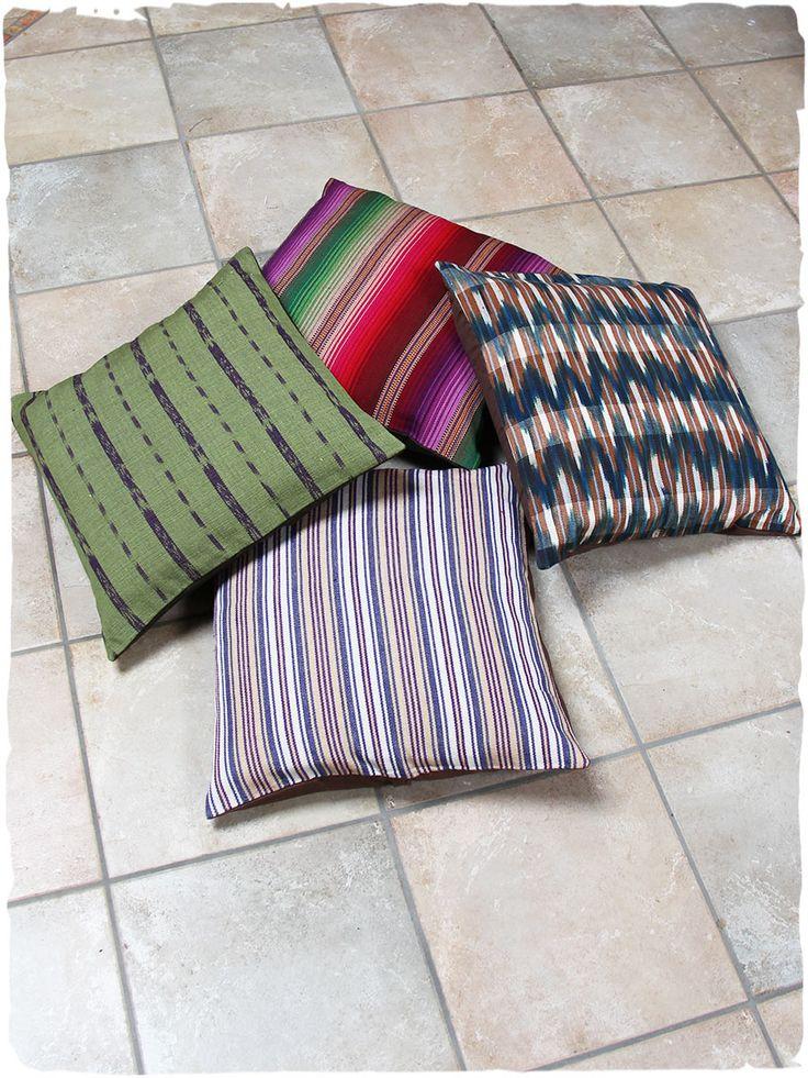 federe cuscini etnici #federe #cuscini #etnici in puro #cotone, #stoffa tessuta con telai manuali. Splendidi cuscini per dare uno #stile etnico alla tua #casa! www.lamamita.it/store/abbigliamento-invernale/1/quadri-soprammobili-tappeti/cuscini-etnici#sthash.RBEL4acW.dpuf