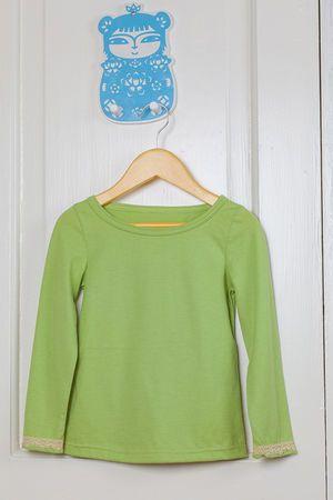 Hattara - paita. Tässä paidassa on ihana, lämmin vihreän sävy. Täydellinen kerrospukeutumiseen.