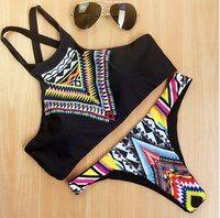 Одежда для спорта, йоги, серфинга.