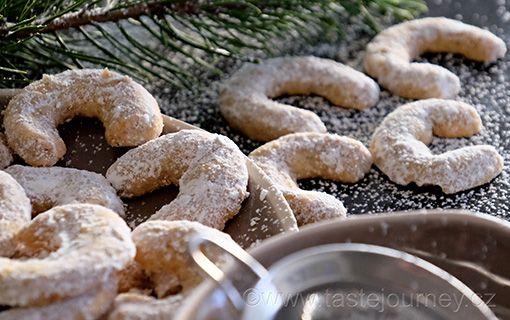 Vanilkové+rohlíčky+s+vlašskými+ořechy.+Rakousko-uherské+dědictví+přetrvává