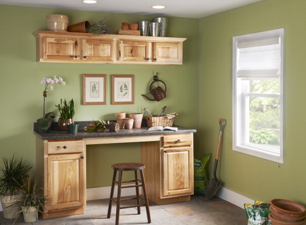 Would you really bring dirt into this room? #organize #gardening