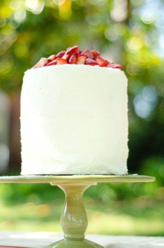 Strawberry short-cake cakeCake Parties, Strawberry Cakes, Pretty Cake, Strawberries Parties, Strawberries Cake, Parties Desserts, Picnics Food, Birthday Cake, Strawberries Shortcake
