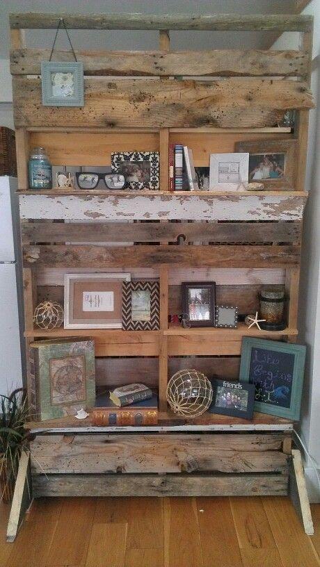 Room Divider Using Old Crate Wood, Pallets, Fence Posts, Etc. Easy Diy