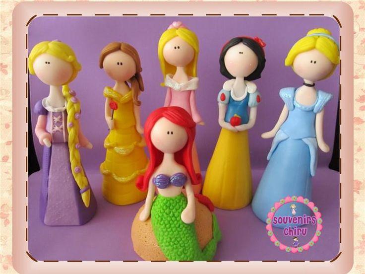 Princesas en porcelana fría. Adornos de torta , princesas ...