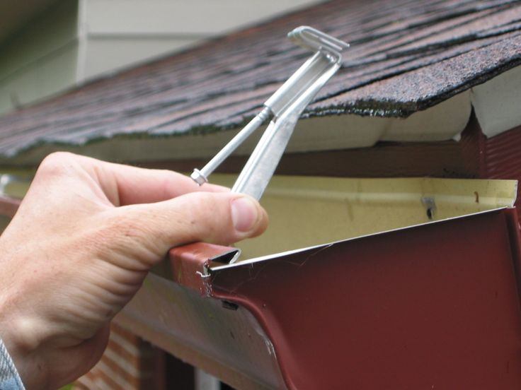 Magnum Tools 6 Inch Hidden Gutter Hanger With Screw
