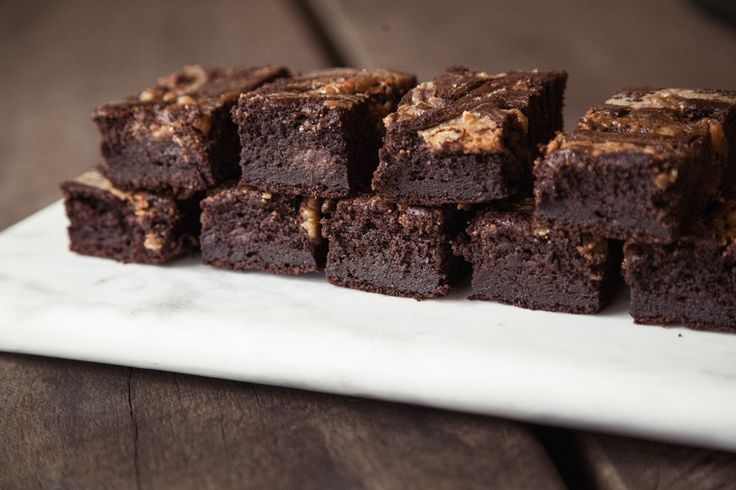 Delicicious SALTED CARAMEL BROWNIES