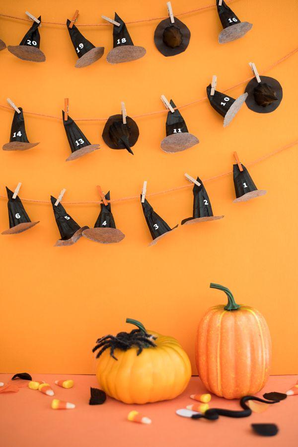 Halloween Countdown Calendar DIY   Oh Happy Day! // @ohhappyday