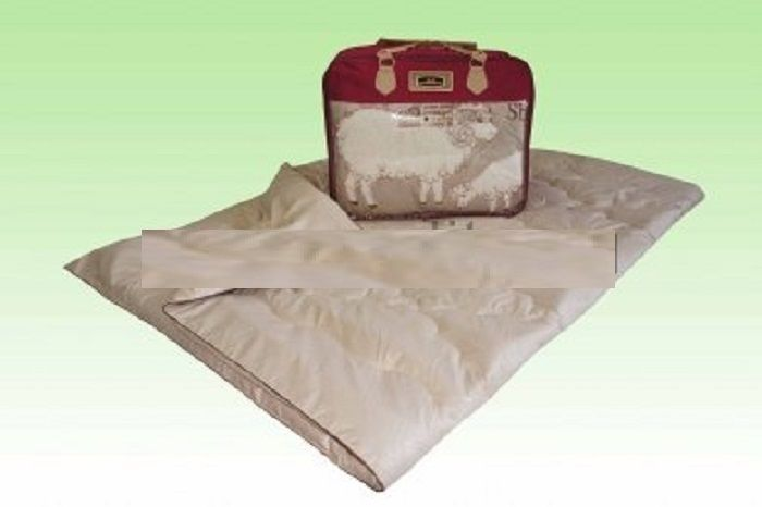 Comforter. Embroidery, wool sheep filling 400g/m2. Model Winter