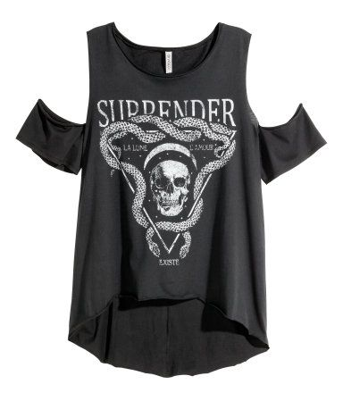 T-shirt in jersey with cut-out details at shoulders. Raw edges at neckline and hem, seam at back, and rounded hem. Slightly longer at back.   H&M Divided