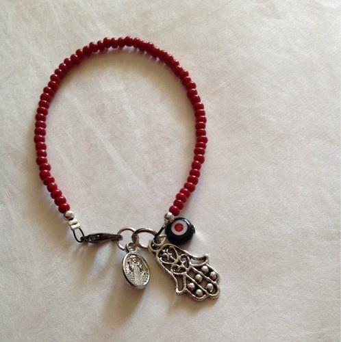 Pulcera Con Medalla De San Benito Evil Eye Hamsa Hand ,Kabbala Bracelet
