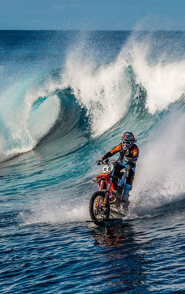 Pipe Dream Video feat Robbie Maddison - DC Shoes