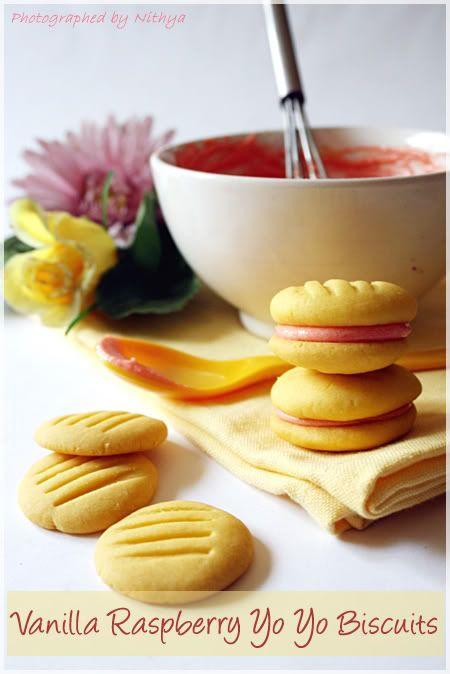 vanilla raspberry yo yo biscuits