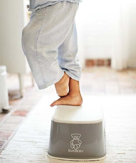 We love the @babybjornus Potty Step! The rubber strip keeps the step securely on the floor and non-slip top makes it safe even when wet. Find it and more at www.boomersandechoes.com