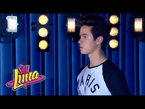 Los chicos cantan Corazón | Momento Musical (con letra) | Soy Luna - YouTube