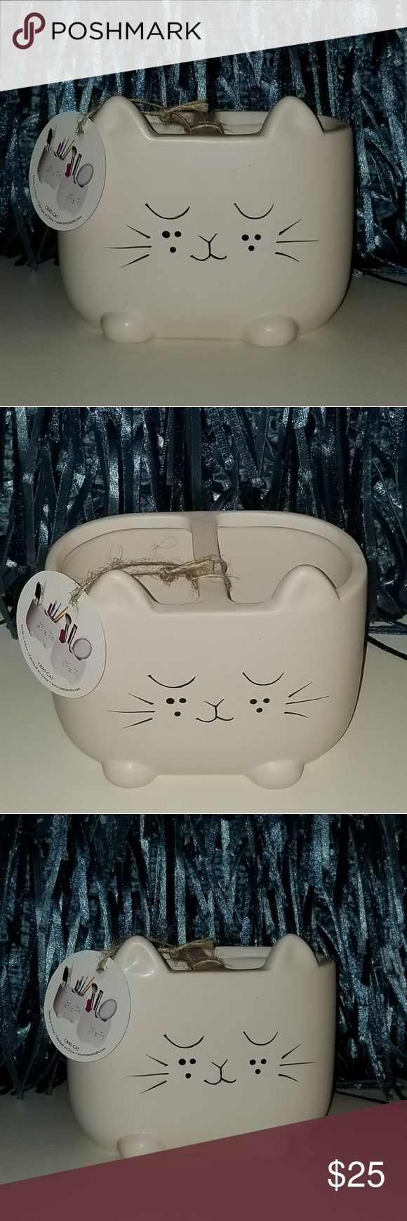 Kitty cat makeup brush holder NWT (With images) Cat