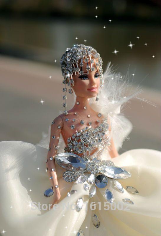 Goedkope Bling trouwjurk pullip pop bruiloft decoratie handmake ambachtelijke gelukkige verjaardag cadeau voor meisjes barbie doll+dress+veil do21, koop Kwaliteit Poppen rechtstreeks van Leveranciers van China: Van harte welkom om gezellig bay-professioneel-efficiënt-concurrerend. Hopen dat u geniet van uw winkelen.:)Handmake hog