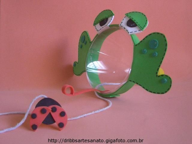pop bottle frog catches a fly game: eye hand coordination - Re-pinned by @PediaStaff – Please Visit http://ht.ly/63sNt for all our pediatric therapy pins