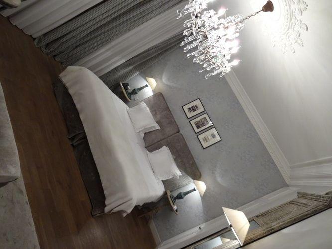 New_hotel_Roblin-Paris-Madeleine-Decoration-Flamant-Boutique_hotel-Room-Avenue_Foch-salon-lit