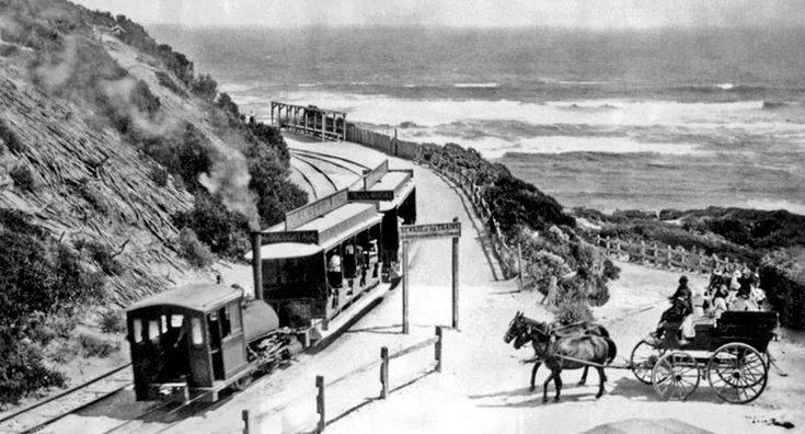 The Sorrento steam tram that ran between Sorrento and the Sorrento Back Beach