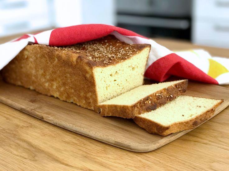 Naturligt glutenfritt rostbröd som bakas på majs- och rismjöl. Brödet blir neutralt i smaken och passar perfekt att rosta i brödrosten.