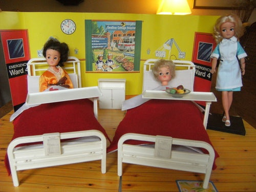 Sindy Bedding Peach 1980s Vintage Fashion, Character, Play Dolls