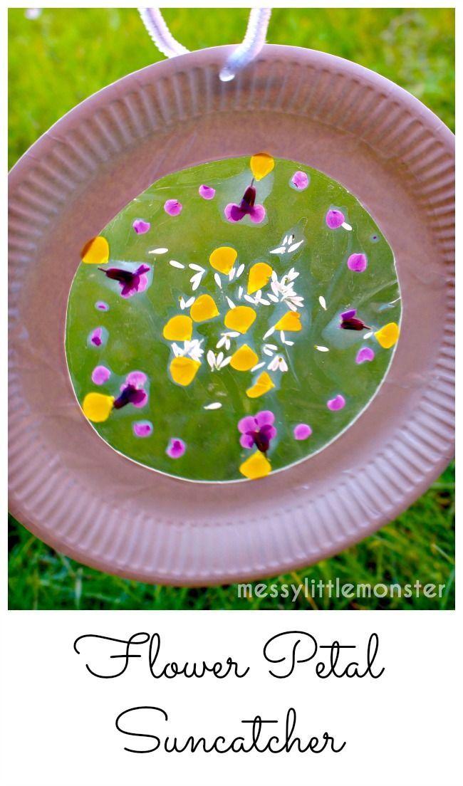 Flower Petal Paper Plate Suncatcher craft. Outdoor summer activity ideas for kids. Suitable for preschoolers, eyfs and older kids.