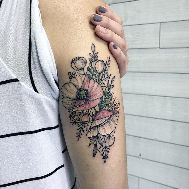Little touch of colors.  Немного цвета в ленту:)  #blacktattoomag #blacktattooing#onlyblackart #blackworkers#blackworkerssubmission #tattoo#darkartists #tttism #tattoo#blackworkers_tattoo #tattooistartmag#tattooartistmagazine #blxckink#tattooculturemagazine #tattoolife#inkedmag #tattooartist #tattoosketch#tattoostyle #tattoogirl #tattooing#tattooart #tattoodesign #tattooedgirls#btattooing #theartoftattooing#theartoftattoos #instinctsubmission #iblackwork