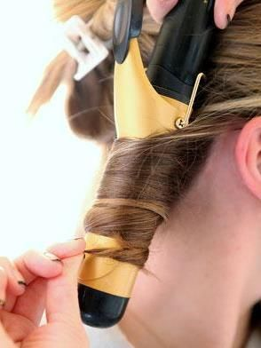 Super easy ways to master perfectly casual curls!