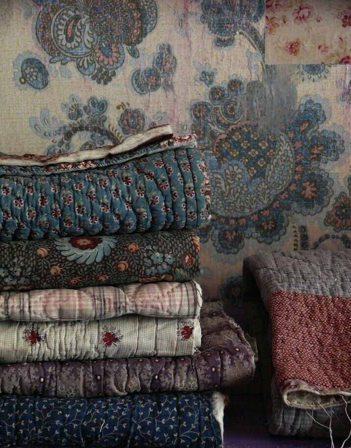 FOLK MOUNTAINS : Photo | how amazing would it be to have a load of handmade quilts for your home?