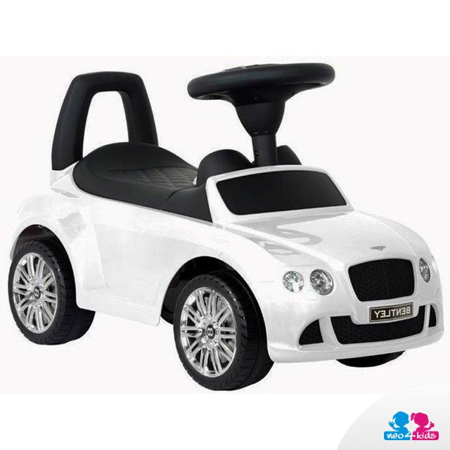 Ein Rutschfahrzeug ist ein wundervolles Gechenk für Jungen. Es sieht einem richtigen Auto zum Verwechseln ähnlich und gewährleistet fantastischen Spielspaß.   #auto #kinderauto #miniauto #fahrzeug #jungenspielzeug