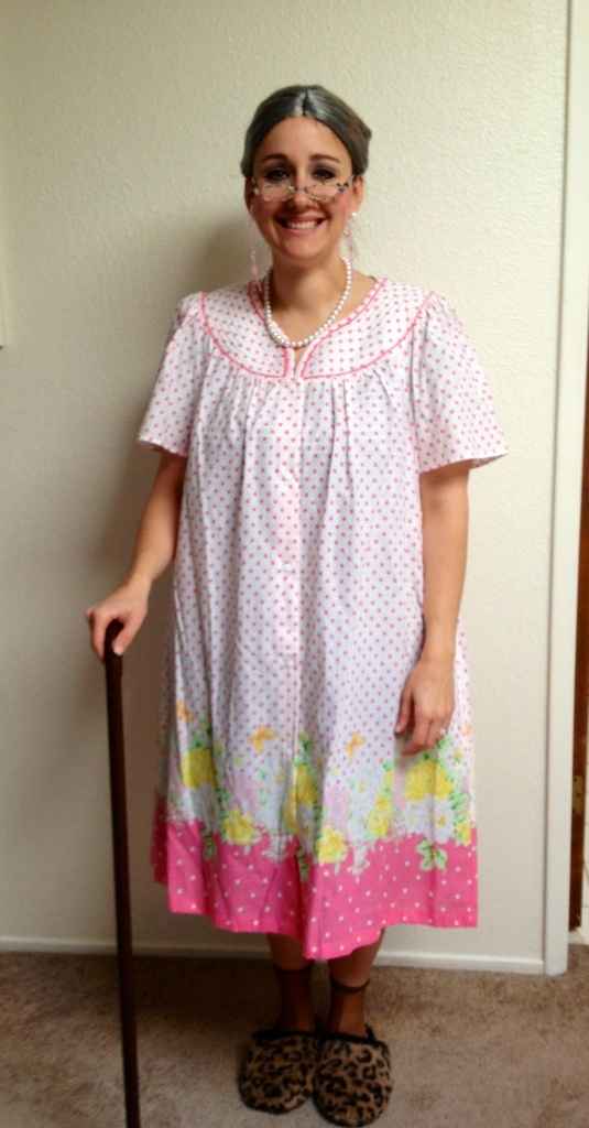 Granny  sc 1 st  Pinterest & 29 best ~ costumes ~ images on Pinterest | Breakfast at tiffanyu0027s ...