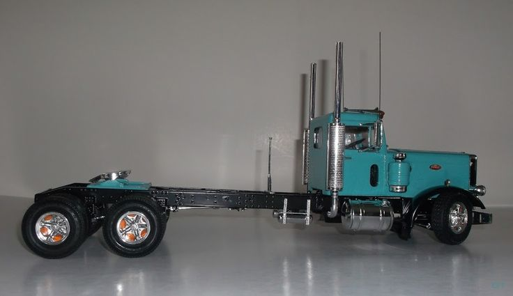 68 Peterbilt 359 (California Hauler MODEL Kit 1:25 Amt