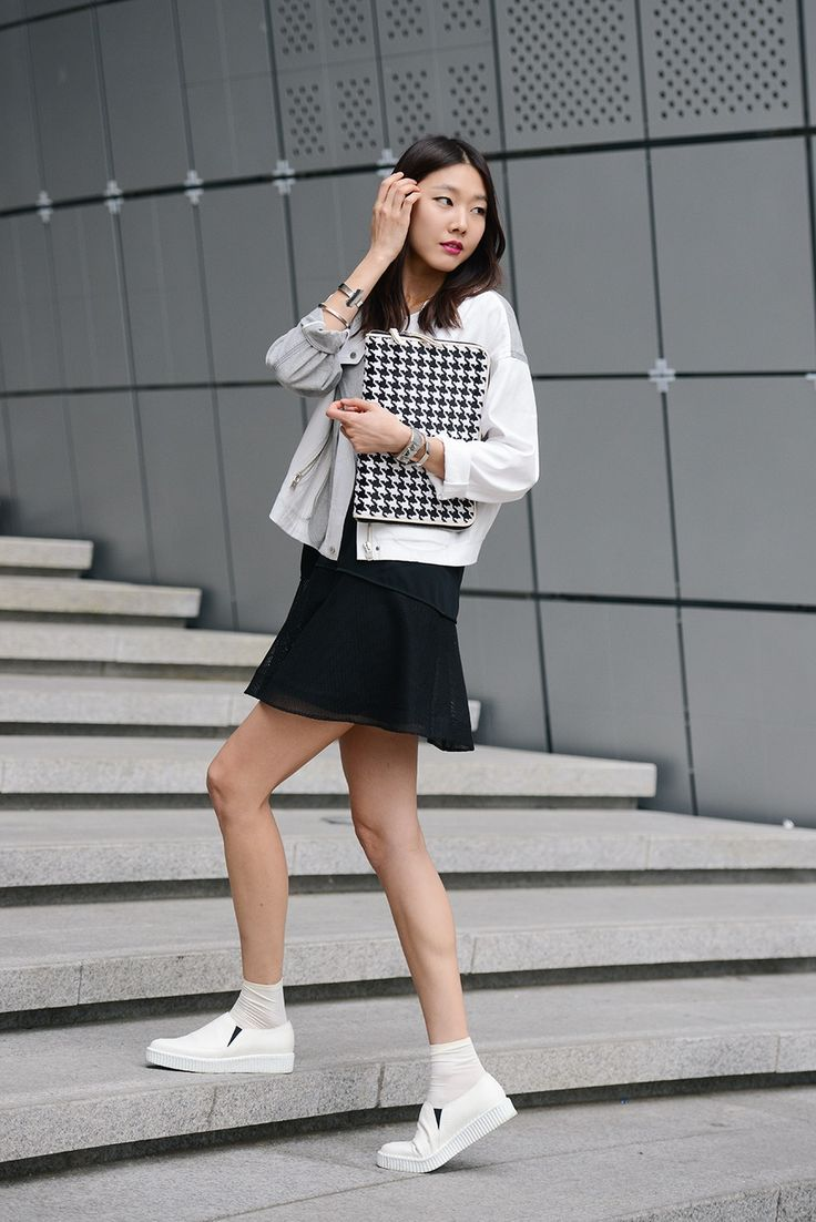 koreanmodel:  Streetstyle: Han Hye Jin at Seoul Fashion Week shot by Kim Jin Yong