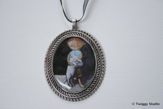 GIRL with a WHITE CAT pendant by TwiggyStudio on Etsy, €38.00