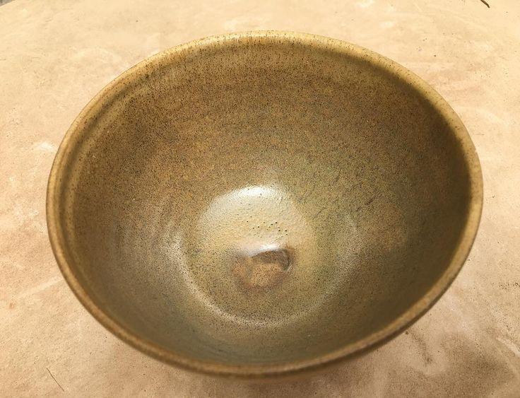 La imperfección es belleza  #ceramics #ceramic #ceramica #ceramicist #pottery #potterslife #wheelthrown #pottersofinstagram #instapottery #ceramicstudio #like #instagood #hechoamano #glaze #love #clay #artoftheday #craft #bowl