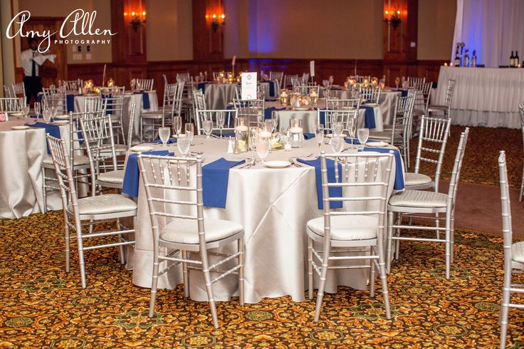 Reception seating at Pine Needles Golf Resort.  Photographed by Amy Allen Photography