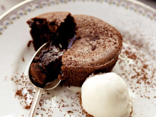 muffins med vaniljkrämsfyllning