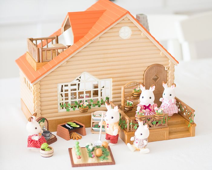 1728 best sylvanian images on pinterest sylvanian families doll houses and dollhouses. Black Bedroom Furniture Sets. Home Design Ideas