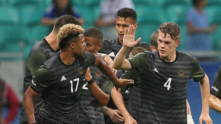 """Flick ist stolz aufs DFB-Team: """"Fantastische"""" Fußballer können Olympia"""